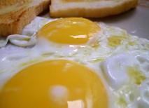 huevo calorias