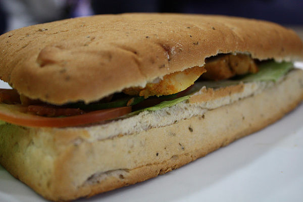 Sandwich vegetal pollo