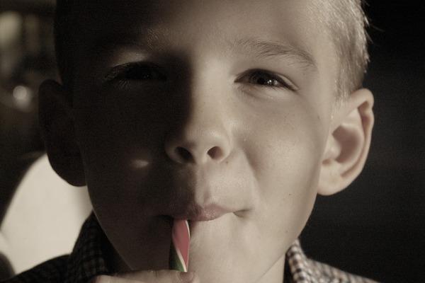 consumo golosinas niños